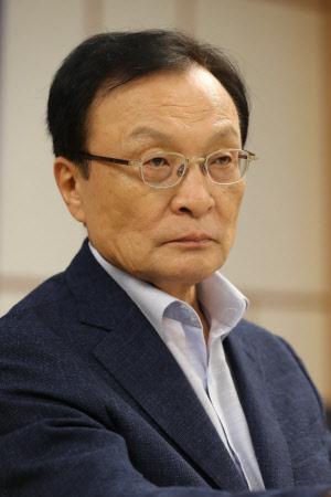 상승세 타는 송·김… 흔들리는 이해찬 대세론